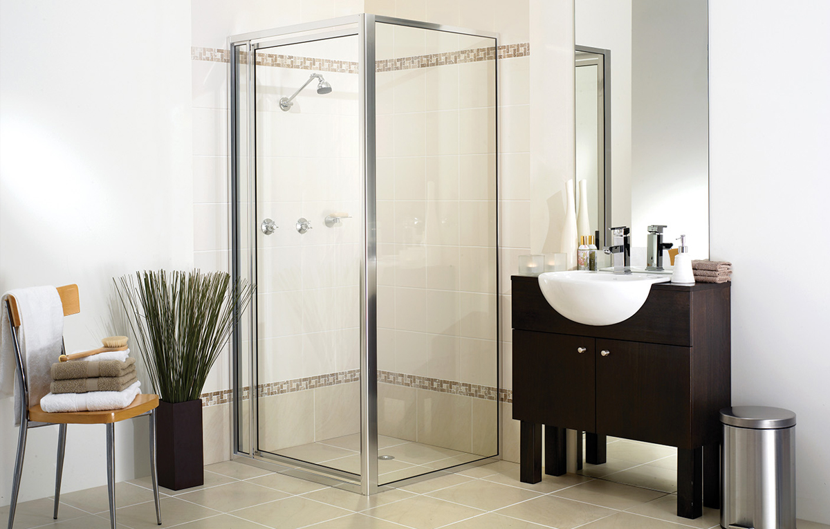 Full framed shower screen in contemporary bathroom.